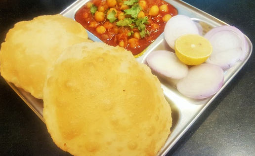 Choley Bhature (Plain)